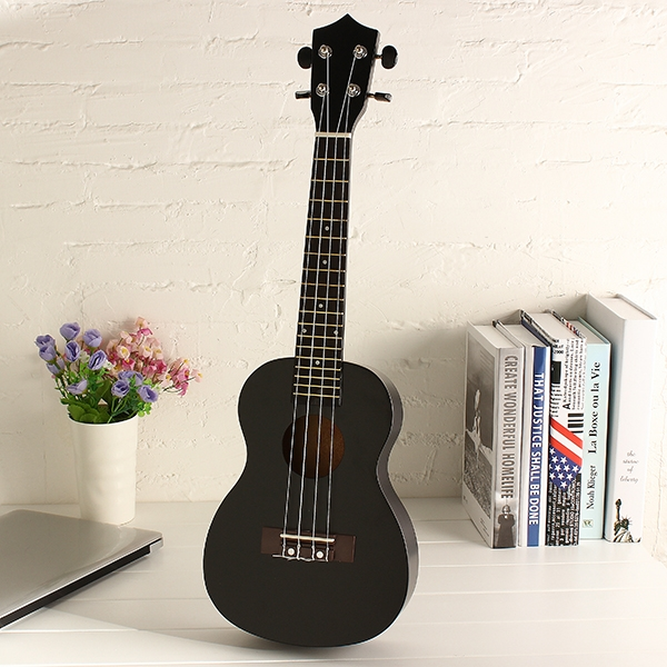 23 Inch Beginners Ukulele Acoustic 4 String Basswood Uke